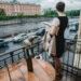 devushka-na-balcone